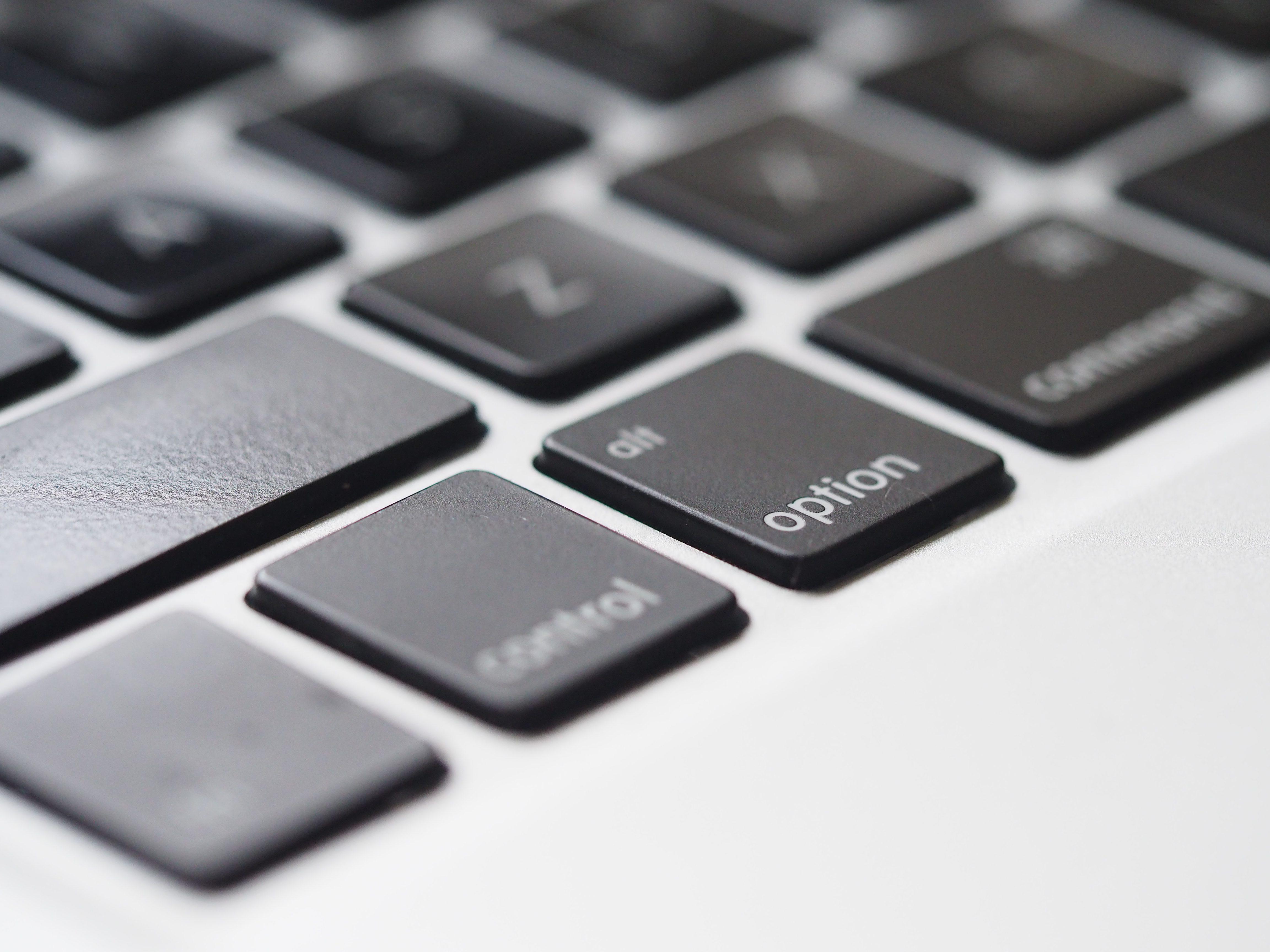 Rolul internetului în traficul de ființe umane – studii de caz România și Bulgaria