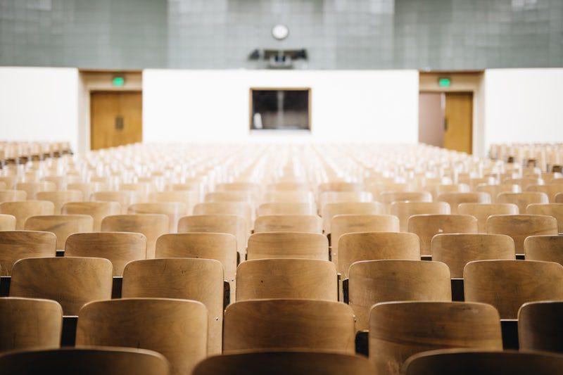 Provocările politicii de recrutare a personalului din învățământ
