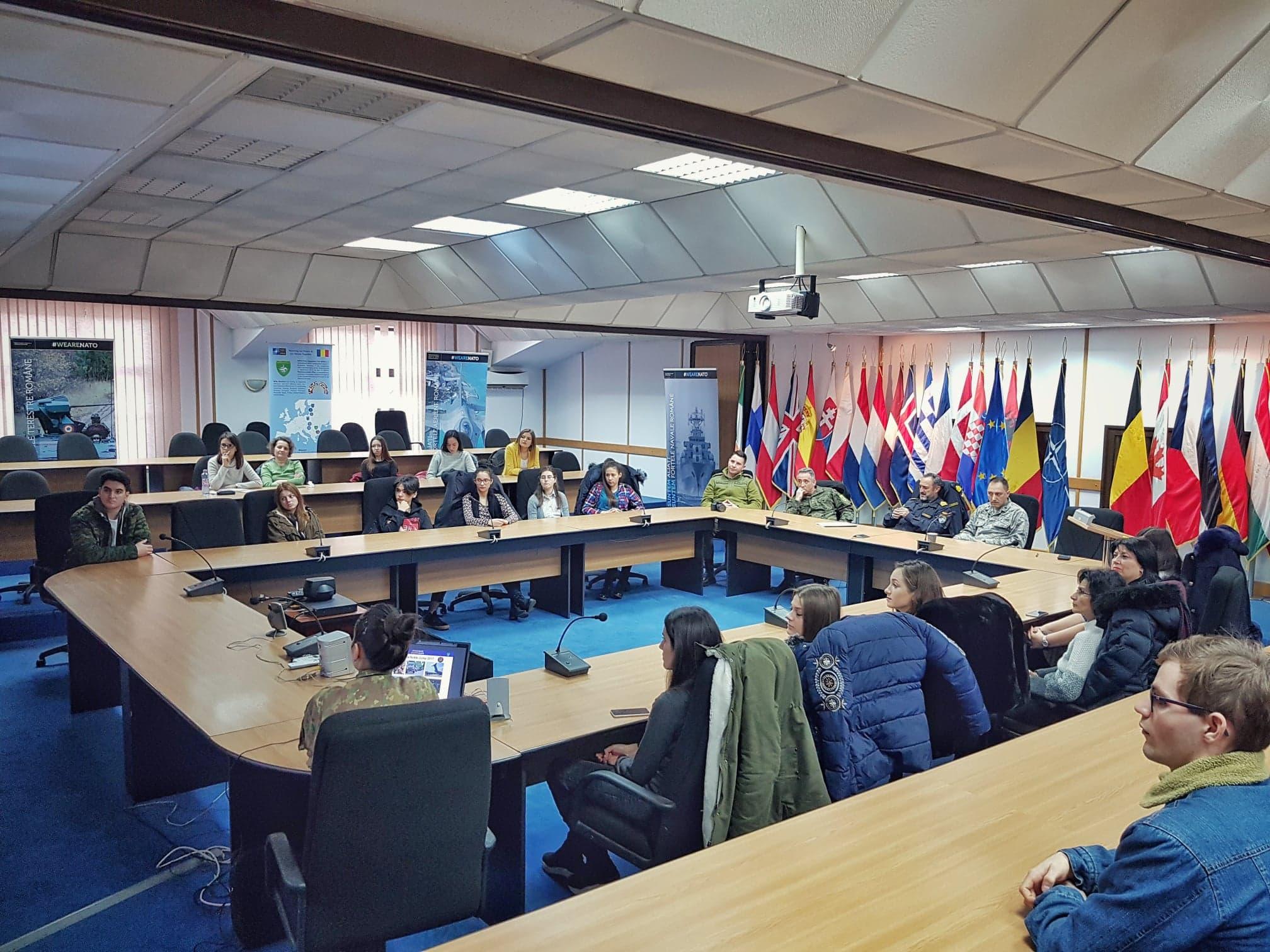 #WeAreNATO: Vizită de studiu la București